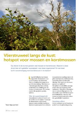 Natuurfoto van de vlierstruweel in Tijdschrift DUIN 2018. Door natuurfotograaf Ronald van Wijk